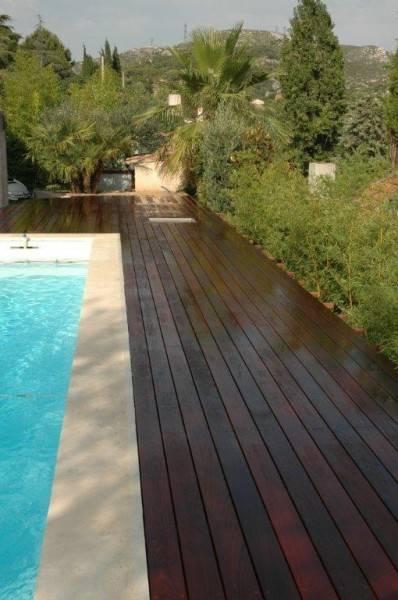 plancher piscine en lames d 39 ipe marseille miramond. Black Bedroom Furniture Sets. Home Design Ideas